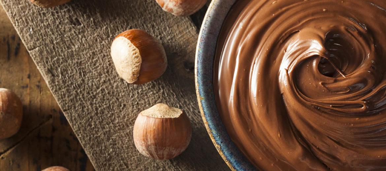 Pare tudo e prepare o coração: Receita de Creme de Avelã - Nutella