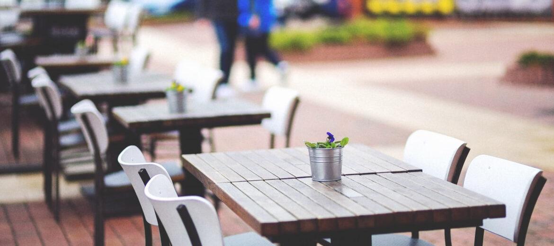 São Paulo vai testar mesas nas calçadas de 30 bares e restaurantes